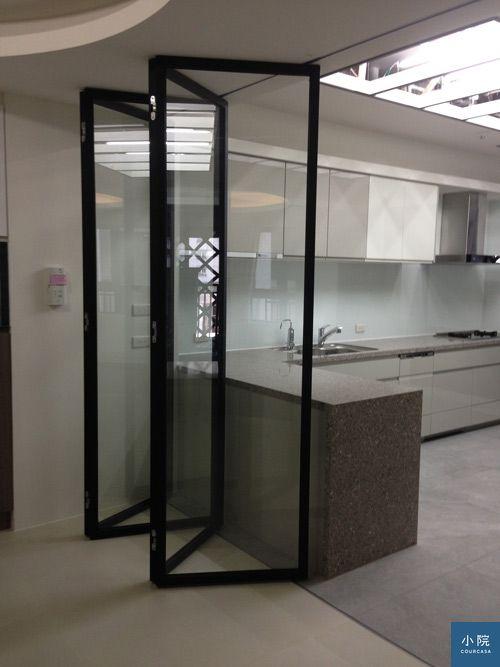 黑鐵烤漆摺疊門45000-寬70高260-使用黑鐵管4公分製.含烤漆軌道組不含玻璃