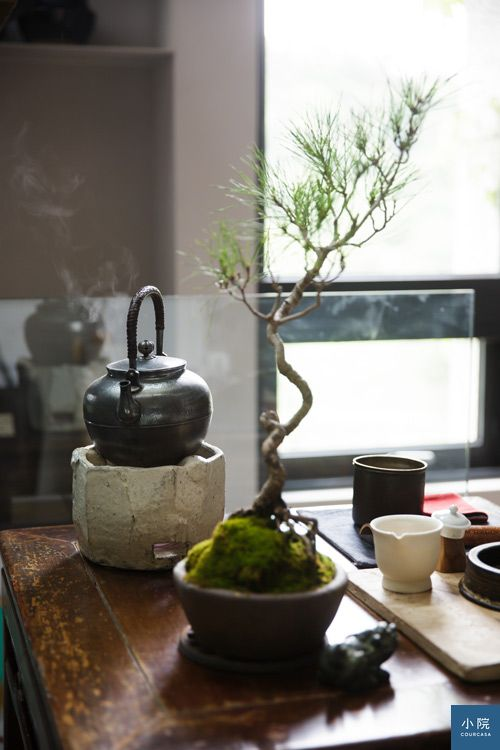 攝影:Dino。圖為設計師李靜敏家中煮茶一隅