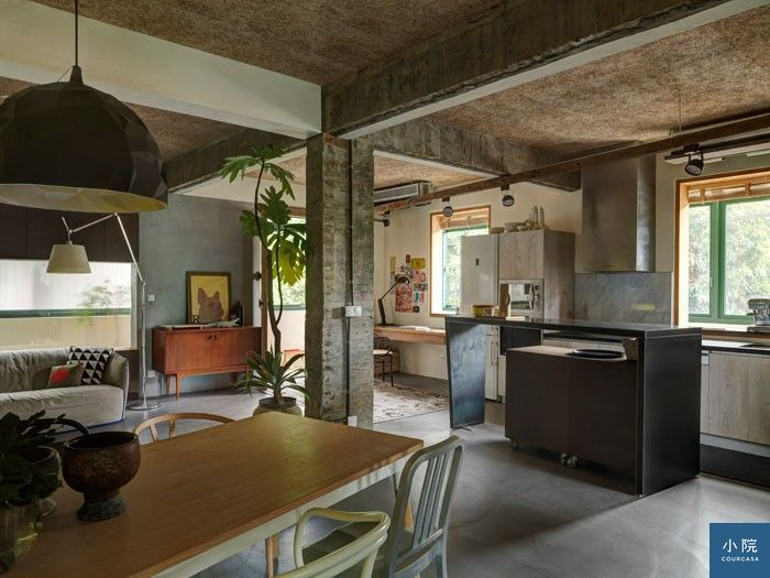 洪博東家的公共區域,是結合客、餐、廚的開放格局。圖片提供/非關設計