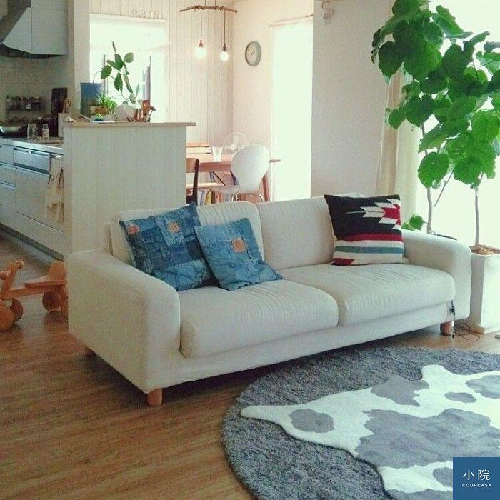 又是兩塊地毯疊鋪手法,這色系和質感很適合冬天。