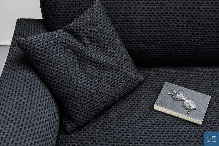 北歐沙發多著力於開發質感好的布料