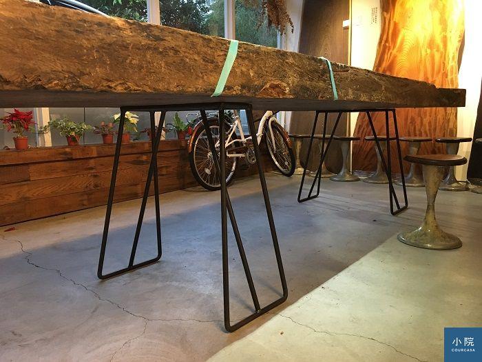 桌腳近照,此照桌板不是非洲鐵刀木喔