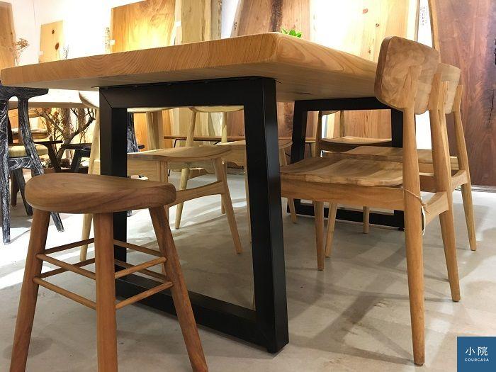 桌腳造型近照