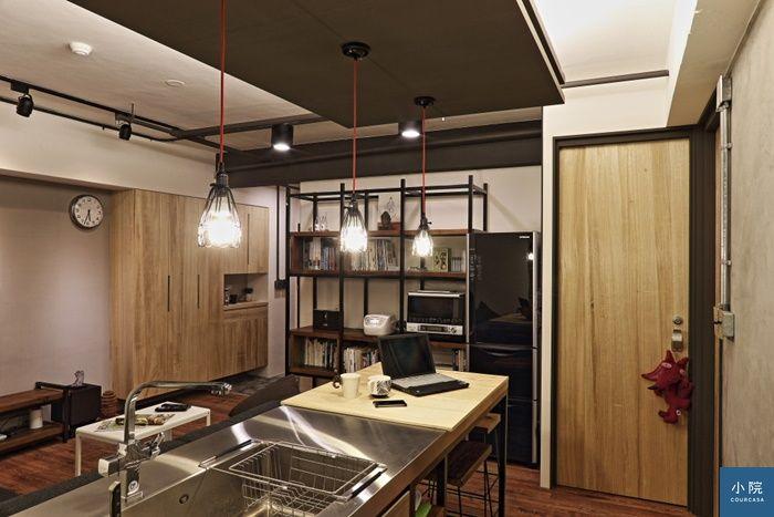 廚房的料理視線大開,洗碗時也看得到電視