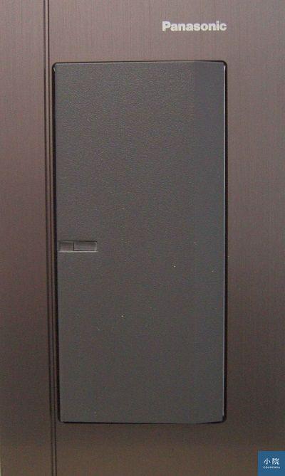 Panasonic_Glatima系列,古銅色。圖片來源:松工NAIS