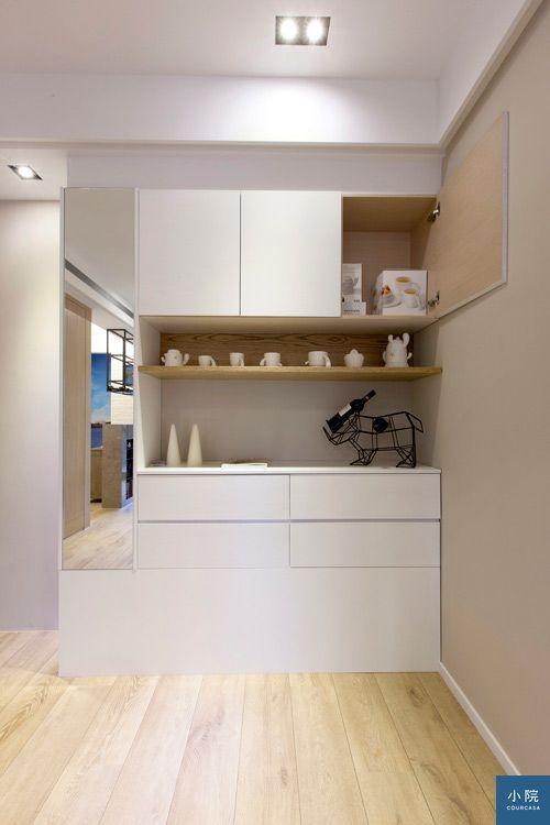 玄關旁的複合櫃體,結合餐櫃與鞋櫃機能