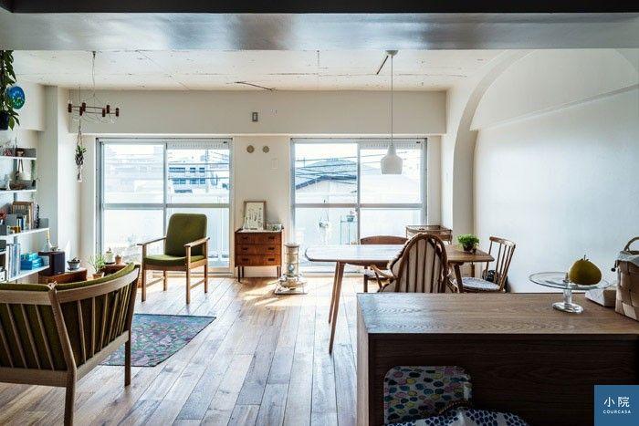 新鋪了橡木地板,搭配白色壁面,多了淡淡的北歐風。 圖片提供/Arts & Crafts